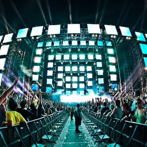 Dyro-Top Of The World vs Flo Rida- Wild Ones  (David Guetta&Nicky Romero remix)(SwedishTrick mashup)