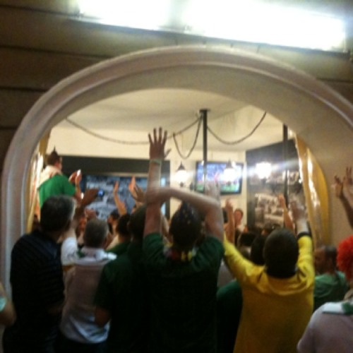 Irish boys took over the city and I just can't imagine what will happen on Sunday night. #EURO2012 #Poznan at Stary Rynek