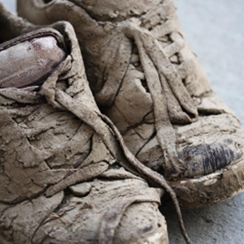 Muddy shoes (headphone mix)