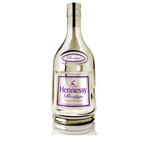 Hennessy - Triple Six Sound Club & Neuport