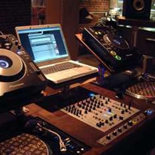 DJ ID vs DJ A1C (explicit lyrics)