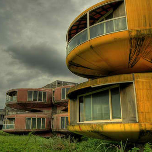 Living Spaces - dereliction2