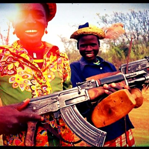 Look at me now (KIDS WITH GUN$ - BOOTyshake-LEG)