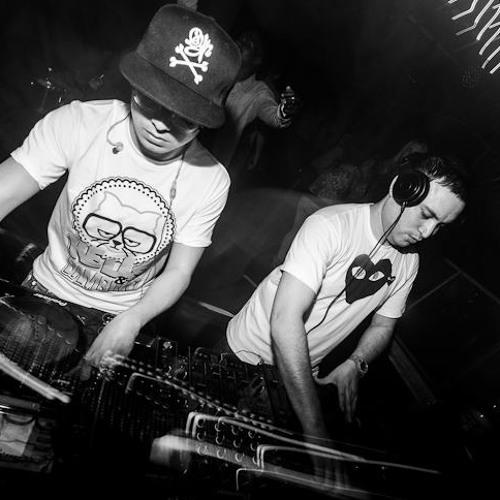Mitchel Kelly & DJ Irwan B2B Liveset @ Club AIR - May 2012