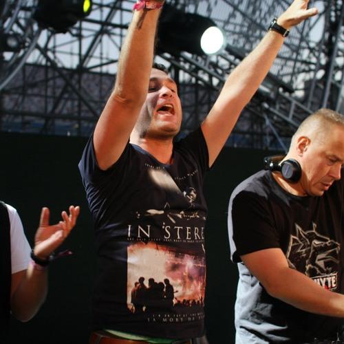 Endymion vs Neophyte | Q-dance @ EDC Las Vegas - 2012
