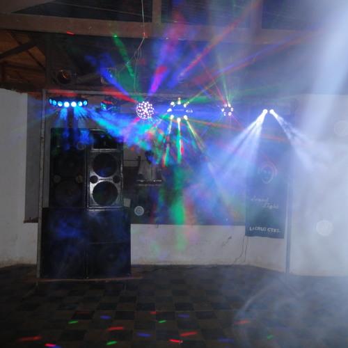 DJ KAIRUZ - Danza La Tiene Chiquitita