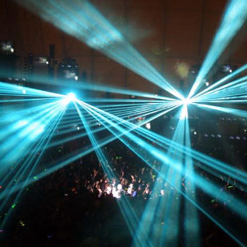 Avicii Vs Alex Metric - Silhouette Rave (GoodBoii's Bootleg)