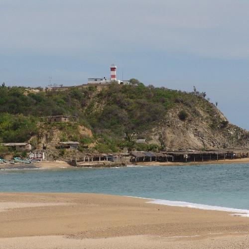 Faro de Bucerías, Michoacán by Notas de Viaje