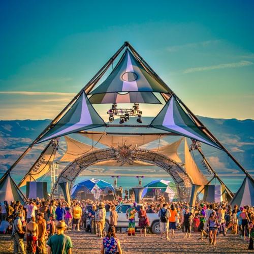 Uone Live DJ @ Pyramid Eclipse Festival 2012