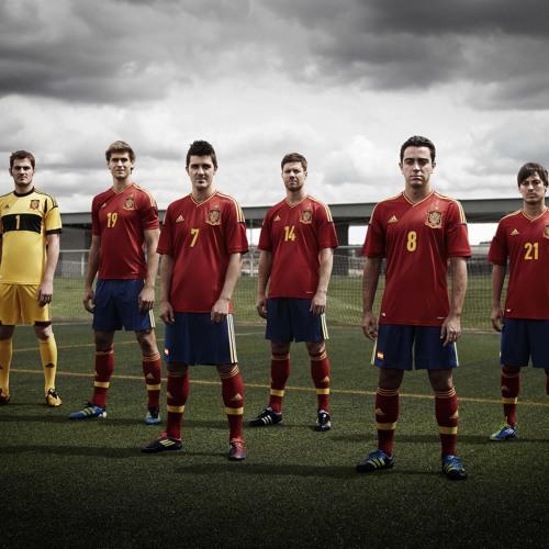 Dj Kevinstyle - Campeones Euro 2012 [EqU] [ 5 - 10 - 7 ] (TRIBUTO SELECCION ESPAÑOLA DE FUTBOL)