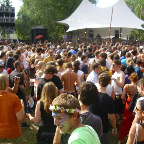 BREGER @ Fusion 2012 [Tanzwiese Opening]