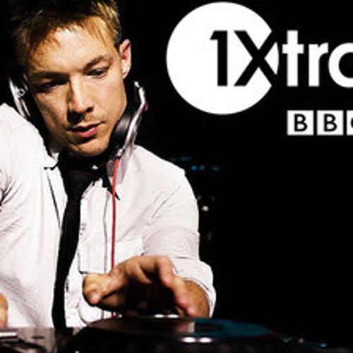 """Diplo plays Astronomar """"H3Y I C U PERCUL8-10"""" on BBC 1Xtra"""