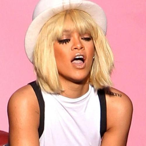Awesome Rihanna Ft Chris Brown Birthday Cake Remix Lyrics On Screen Hd Funny Birthday Cards Online Necthendildamsfinfo