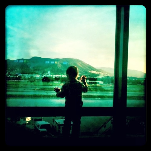 Rhian Sheehan - Waiting At The Airport