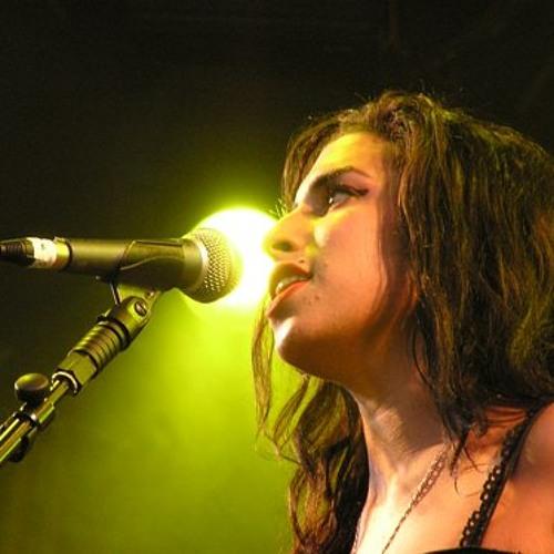 Amy Winehouse - Stronger Than Me (Live at Summer Sundae Weekender)