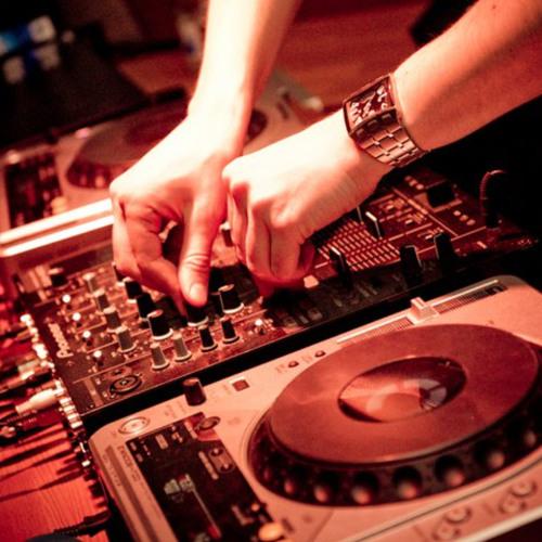 Dj Medevik - Summer House 2012 (mixtape)