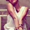 Agnes Monica Feat Titi DJ - Hanya Cinta Yang Bisa.mp3