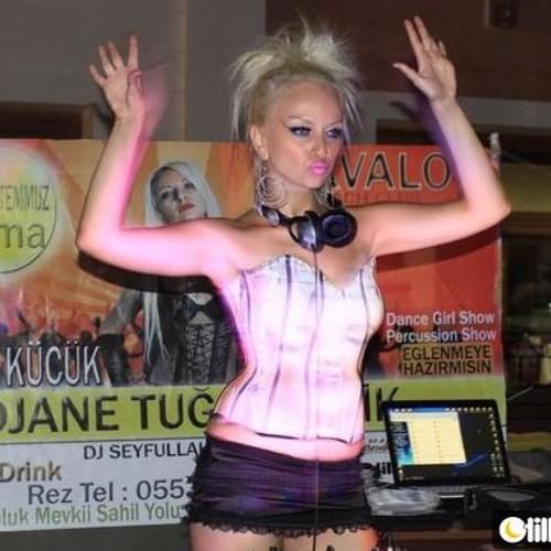 Djane Tugce Celik - Time Out