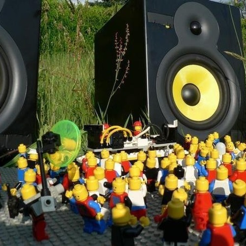 Adrian Murillo - Minimal LEGO ( Preview... )