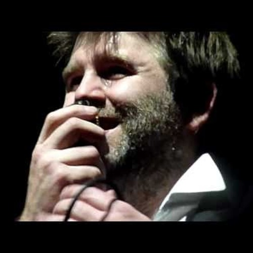 LCD Soundsystem - Losing My Edge [Live MSG 02.04.11]