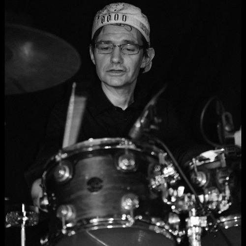 Paul Bernard - Bror