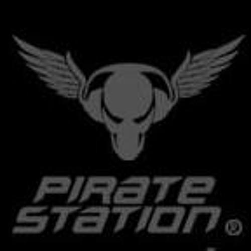 Ozma @ Pirate Station (106.3 FM) [12.09.2011]