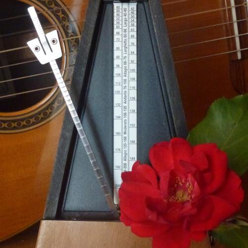 Guitare et métronome 60 Piazzolla Bordel 1900(support pour flûte)