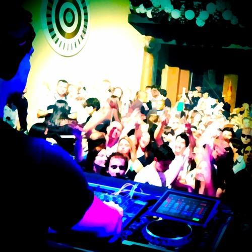 Fabrício Peçanha live at Danghai Club, Curitiba 03.08.2012