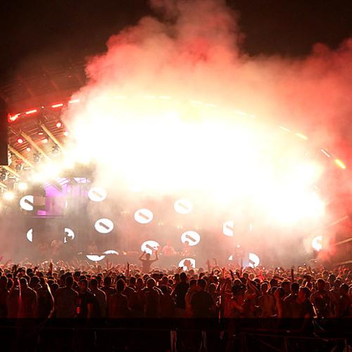 Joris Voorn B2B Pete Tong - Ibiza BBC Radio 1 live from Ushuaia
