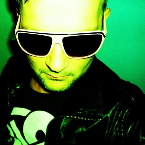 DJ Waikiki ( Kofferboys ) Aug Mix 2012