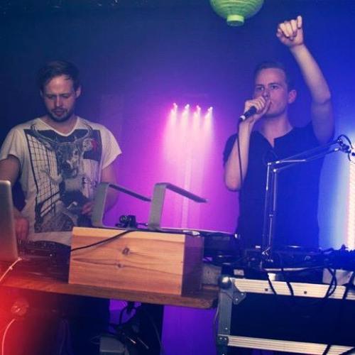 Baarregaard & Briem - Love With You (Original & Askell Remix) Snippet