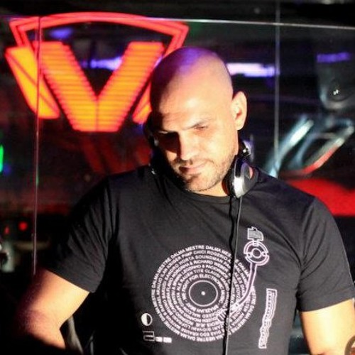 Mario Deluca in Club VIBE After Kanio - (Live) - 10.Ago.2012