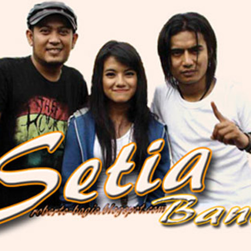 Setia Band 4 opening party night With Ga2 and Rozie
