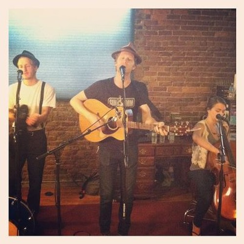 The Lumineers live in the Lightning Listening Lounge 8-21-12