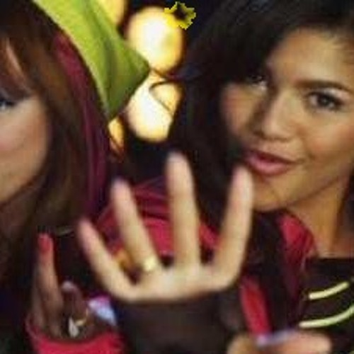 watch me bella thorne and zendaya