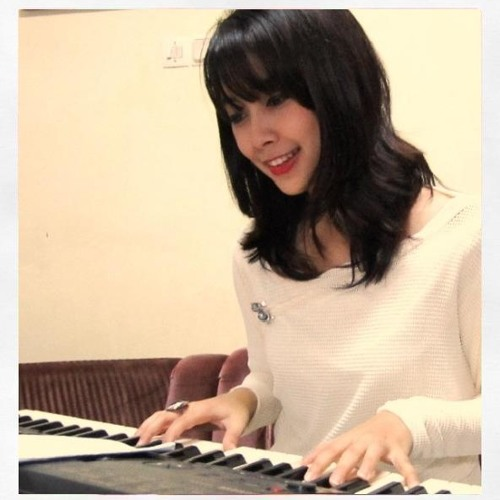 Dinda - A thousand Years by Christina Perri -