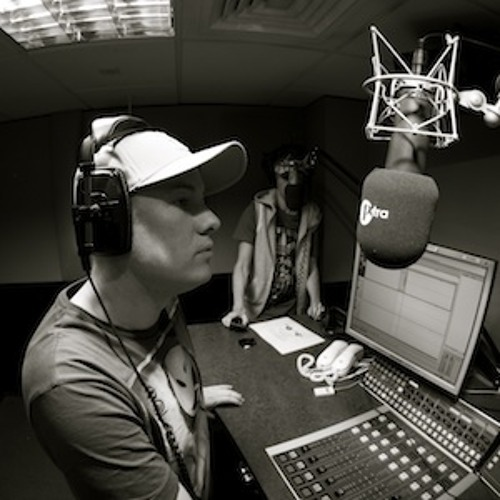 Hashtag (aka erb N dub & KG) BBC 1Xtra Interview & Guest Mix with Crissy Criss (29th August 2012)
