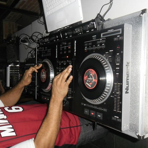 Drink and clap by Dj Negro jay