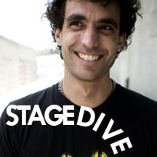 Stagedive -11- Kraddy