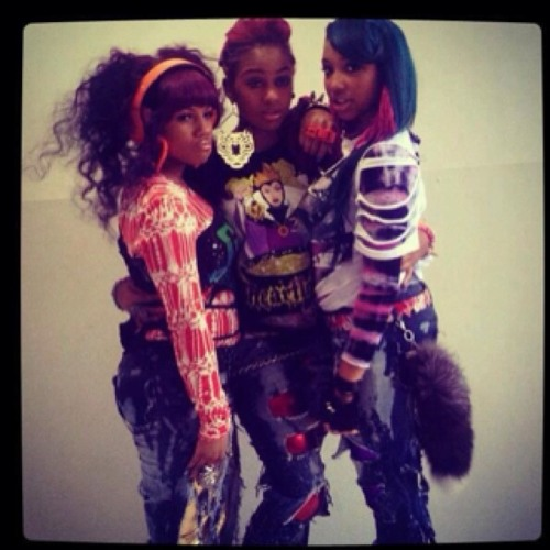 OMG Girlz-Gucci This Gucci That