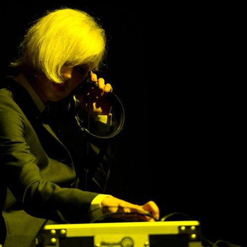 Coco Morier - DJ Mix : Ladytron at Wiltern (September, 2011)