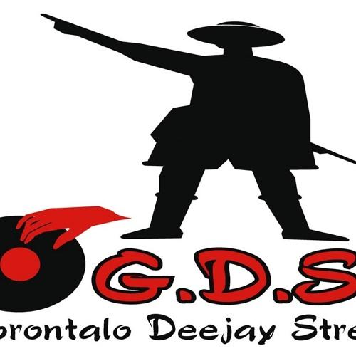 Kotamobagu kota bentor - Dj Isal (GDS)