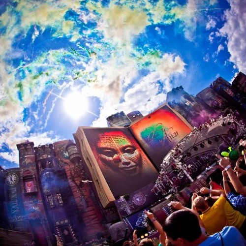 Tomorrowland 2012 - Official Aftermovie  <3
