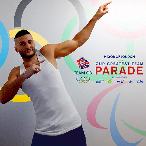 """Kissy Sell Out - Heartbeats Of London 2012 // Official """"TEAM GB"""" Olympics & Paralympics Parade Theme"""