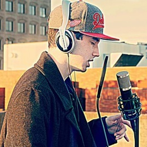 TimeLess - Sky High (feat. Laura Wolfie & DeLyte)Blockbaybeats Prod.