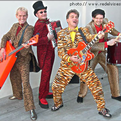 Red Elvises  Rock n' Rolling Ourselves to Death ~ Jerry's Got the Squeeze Box
