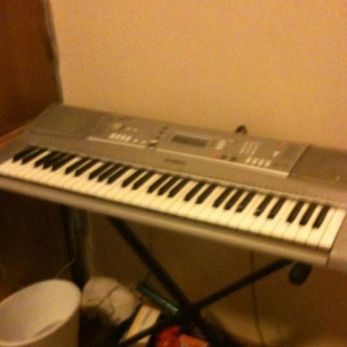 Random Piano Riffs