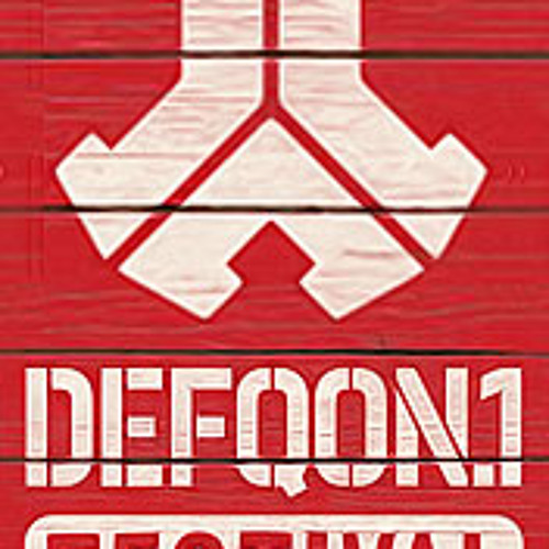 Defqon Set 2012 - Autoclaws [Magenta]