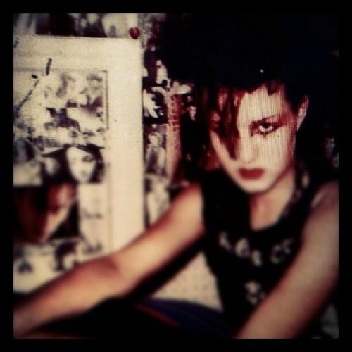 [MP3] 09.20.2012-1.1.2-Dark Queen (TWEAKED) (Dark Queen)
