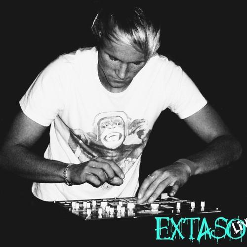 Extaso -live- @ Mirage Ballenstedt (22.09.2012)